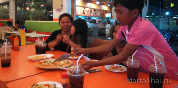 KFC_Sihanoikville_Cambodia_5