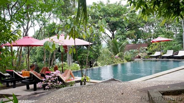 Pagoda Rocks Resort Сиануквиль, отель