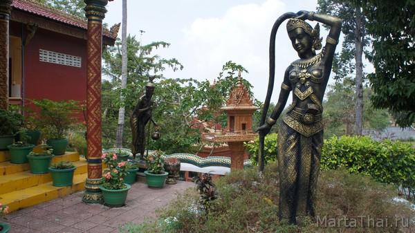 Буддистский храм Wat Leu, Камбоджа